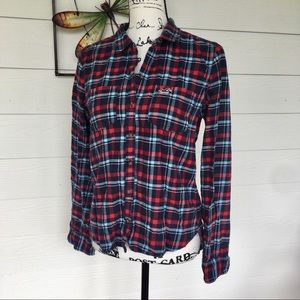 ⭐️ 3 for $30 Hollister Plaid Button Down Top